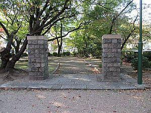 動物園通用門